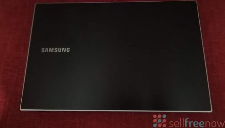 Samsung Laptop 4 Cores