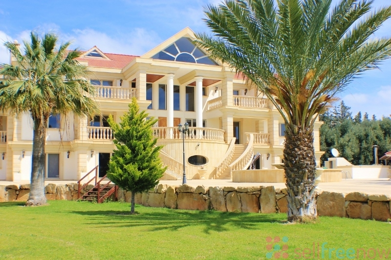 A Luxury Mansion 10 Bedrooms Free Classified Ads Post Free Ads Cars Real Estate Jobs Dating