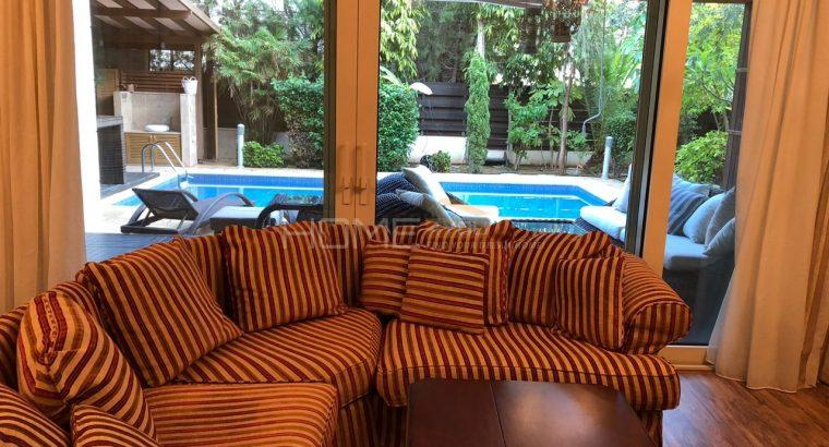 Luxury 5 Bedroom Villa for short term