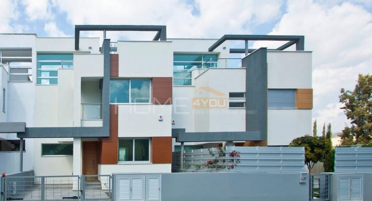 Contemporary Designed 3 Bedroom Villas