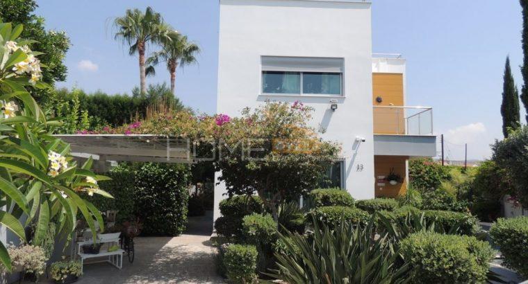 Pure Luxury Villa in Limassol