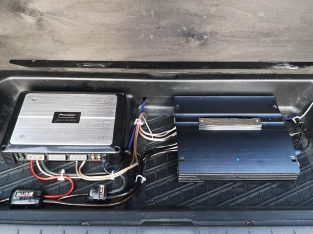 Pioneer Amplifier with Sub
