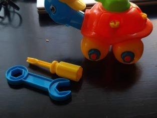 Turtle plastic toy